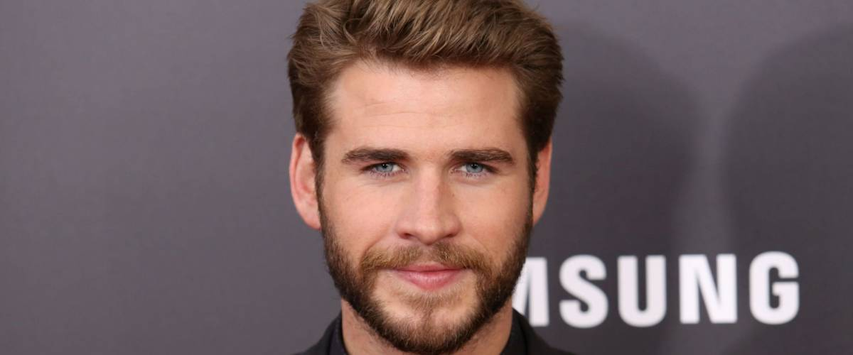 NEW YORK - NOV 18, 2015:  Liam Hemsworth attends the premiere of