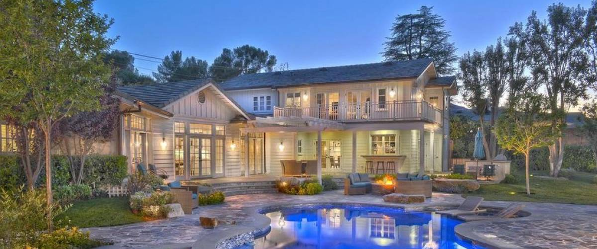 Rapper Iggy Azalea and NBA star Nick Young owned this Tarzana, California, mansion for a few years.