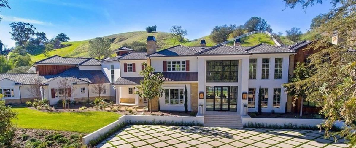 The Weeknd reportedly paid $18.2 million for this sprawling home in Hidden Hills, near Los Angeles.