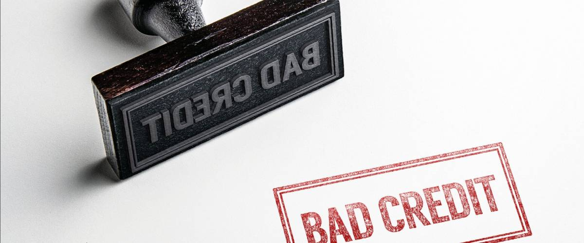 rubber stamping that says bad credit castleski shutterstock most business credit cards - Business Credit Card With Bad Personal Credit