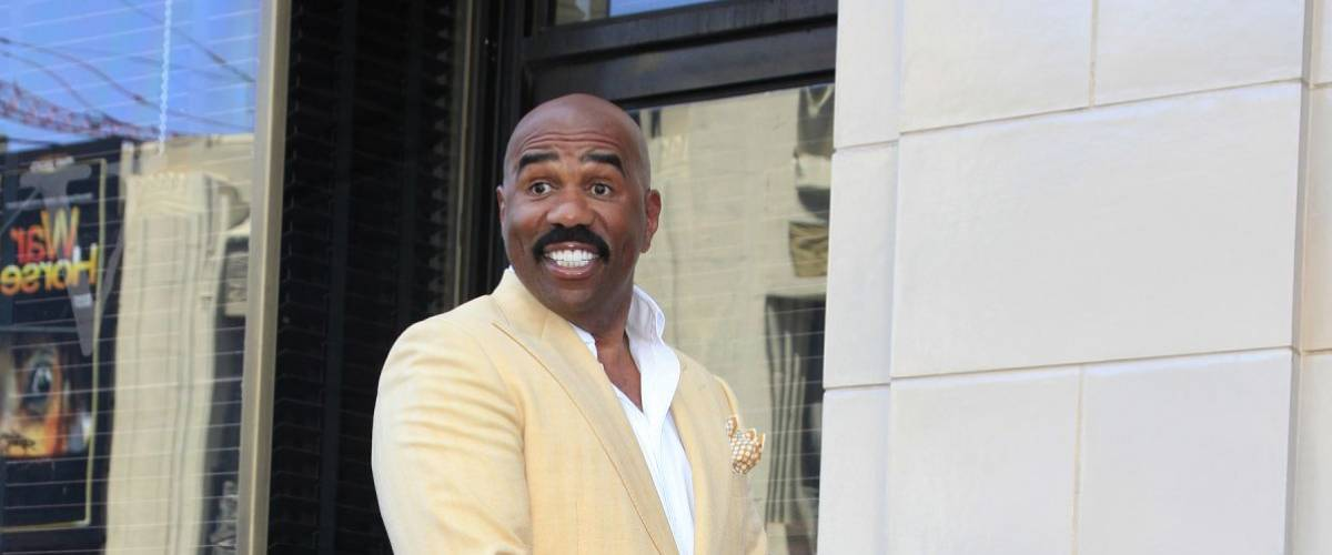 LOS ANGELES - MAY 13: Steve Harvey is honored with a star on the Hollywood Walk Of Fame on May 13, 2013 in Los Angeles, California