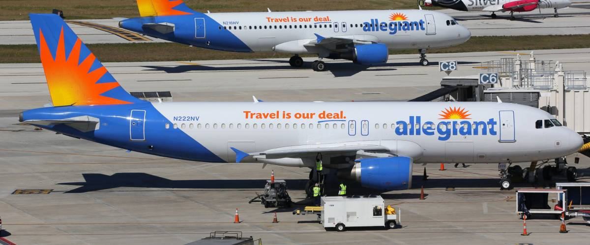 FORT LAUDERDALE, FL - FEBRUARY 17:  Allegiant Air Airbus A320 airplanes taxi on February 17, 2016 in Fort Lauderdale, FL.