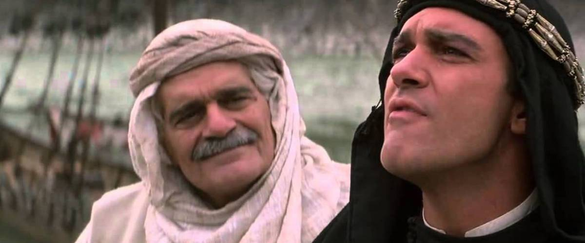 Omar Sharif and Antonio Banderas in a scene from The 13th Warrior (1999)