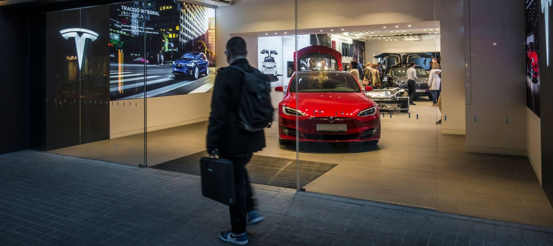 How Do I Buy A Tesla