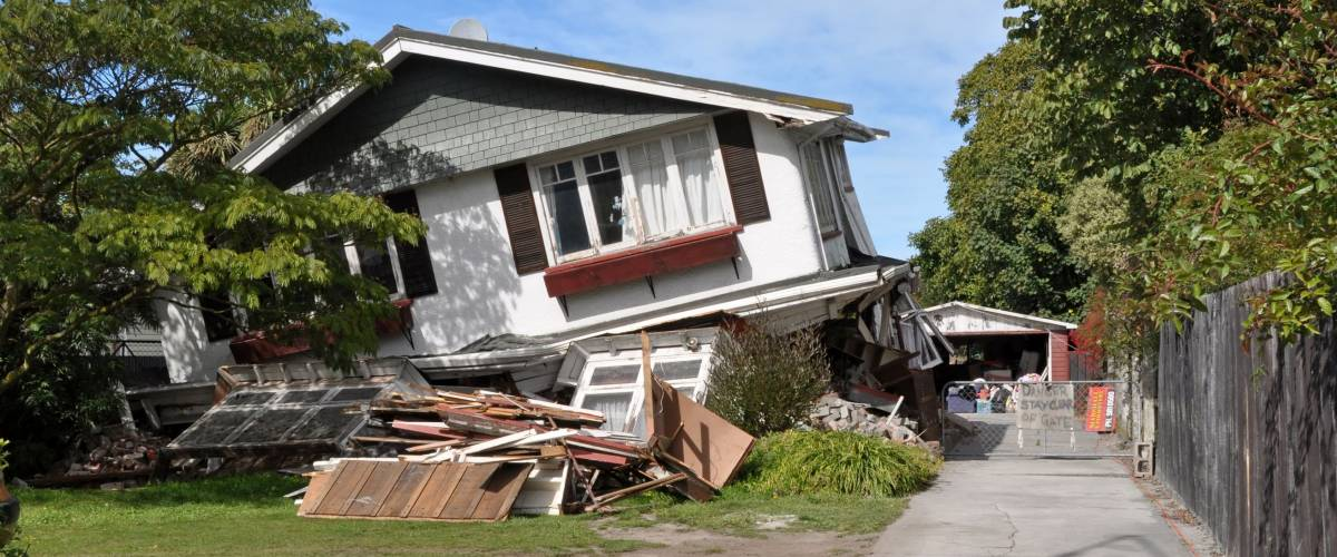 CHRISTCHURCH, NEW ZEALAND - MARCH 26: House in Avonside collapses in the largest earthquake Christchurch has ever experienced