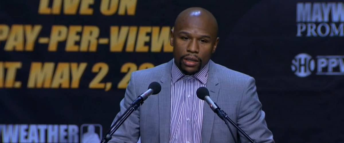Floyd Mayweather meets the press