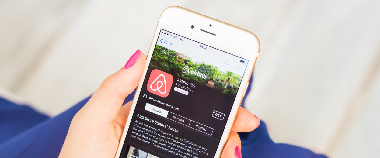 AirBnB app on iPhone App Store