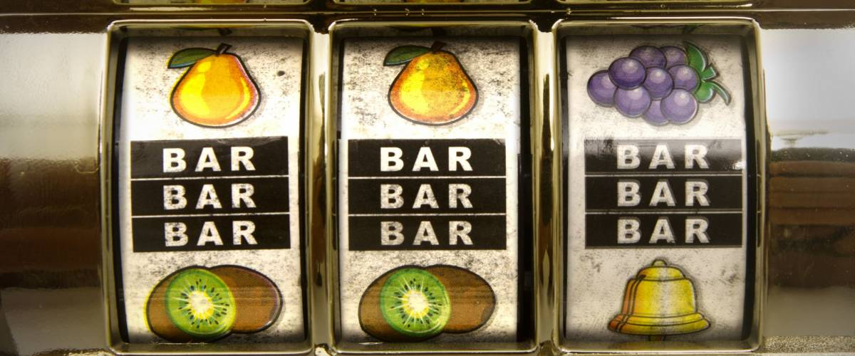 Old school slot machines give bigger payouts