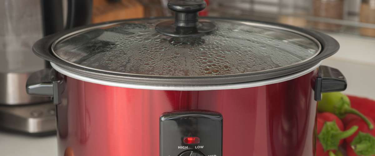 close up of a working slow cooker