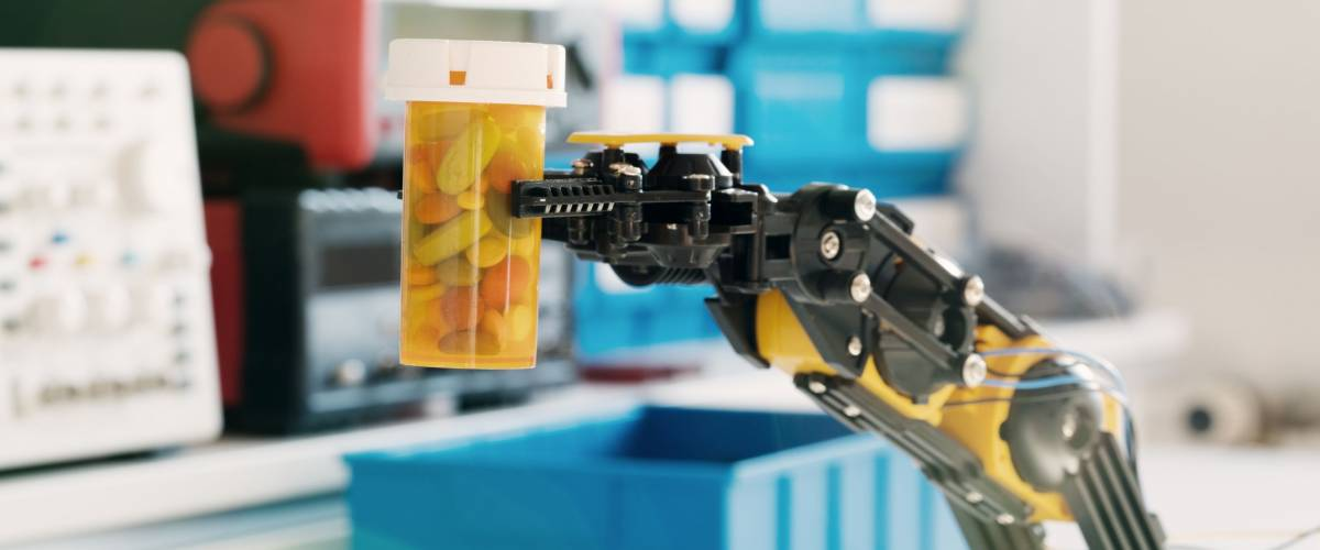 Robot pharmacists may not be far away