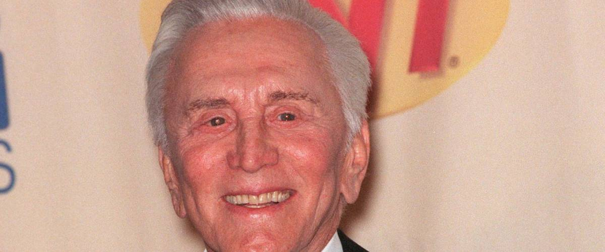 07MAR99: Actor KIRK DOUGLAS at the Screen Actors Guild Awards where he received the Lifetime Achievement Award.                      Paul Smith / Featureflash