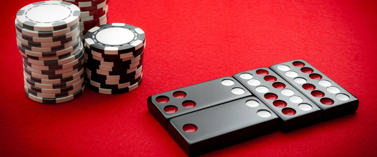 Casino Dealers Reveal How They Lost The Most Money