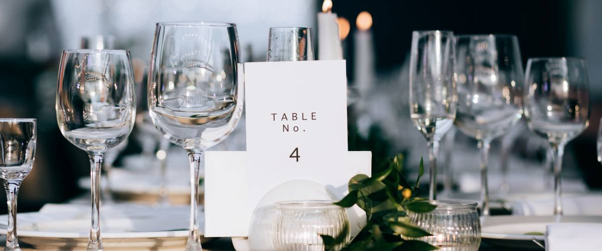 A very nicely decorated wedding table