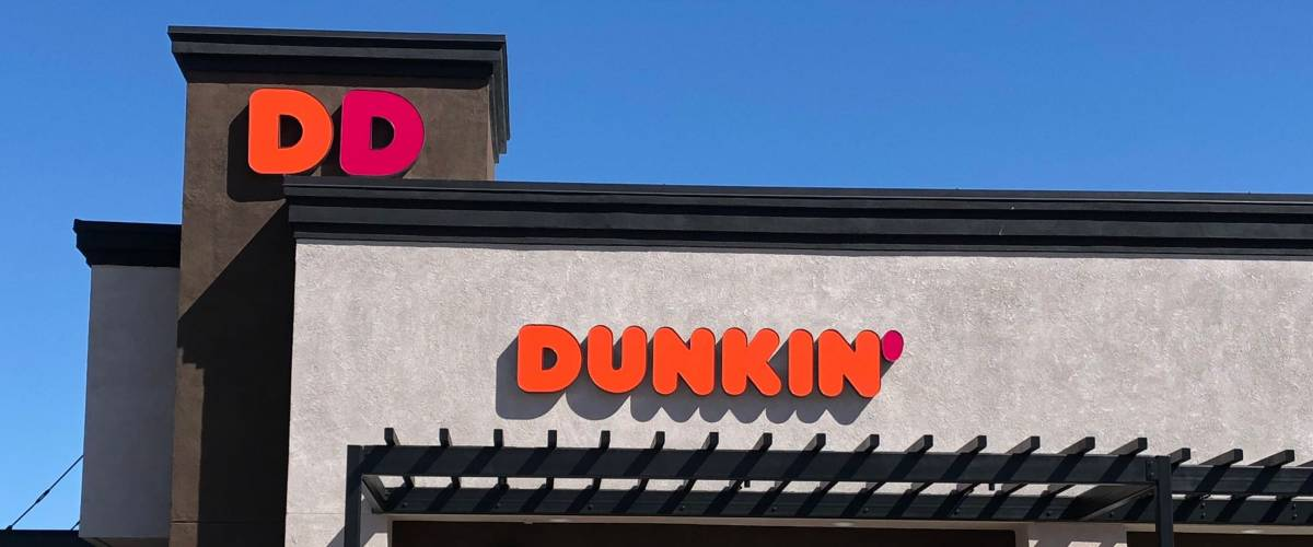 CONCORD, CALIFORNIA - OCTOBER 5, 2018: Dunkin is an American coffee and baked goods chain.