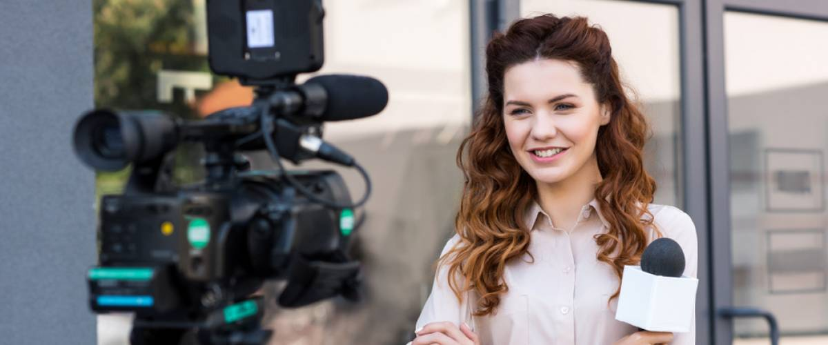 woman news anchor