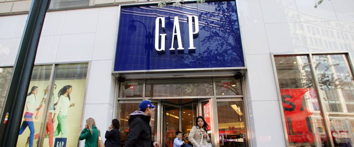 Shuttering Retailers Stores The Most : Sick stores these are the chains that dying off fastest