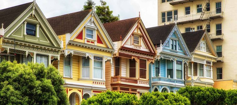 San Francisco Victorian houses in Alamo Square at California USA