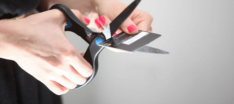 Cutting credit card with no balance