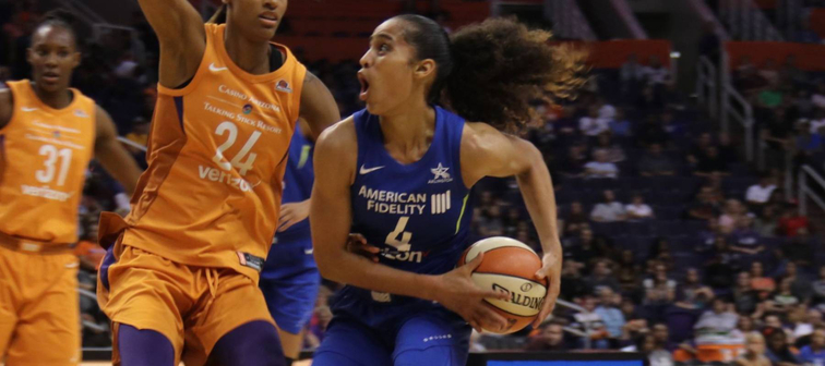 Skylar Diggins-Smith guard for the Dallas Wings at Talking Stick Resort Arena May 18,2018.