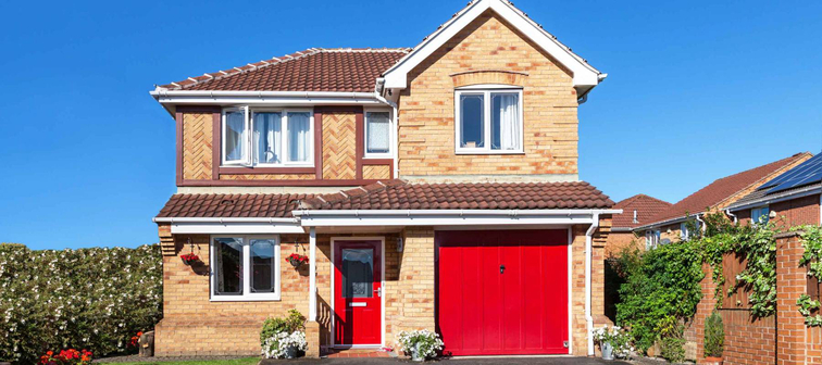 Beautiful detached house with red door